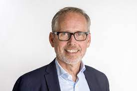 Jesper Helmuth Larsen